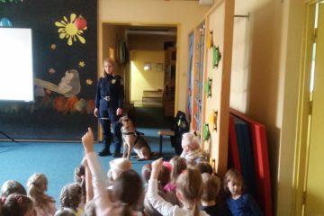 Spotkanie Z Policjantem I Psem