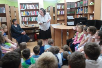 Spotkanie w Bibliotece z autorką książek dla dzieci z Panią Renatą Piątek