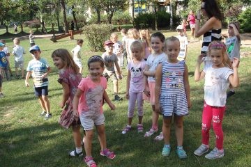 Impreza w ogrodzie z okazji Dnia Przedszkolaka