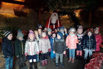 Wycieczka do Stefanówki spotkanie z Św. Mikołajem